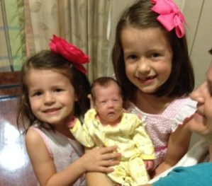 4 Ways I Helped My Older Children Deal with a Premature Sibling