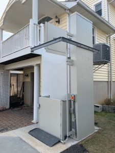 Key Features of a Wheelchair Lift Preferred Elevator