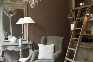 Chair, cushions, mirror, lamp, shelf and ladder in the living room