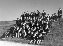 foto di gruppo dei bambini della Colonia