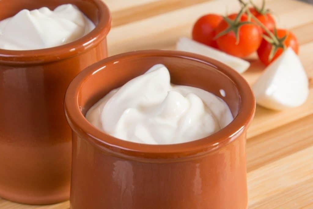 Are Sour Cream & Crème Fraîche Safe To Eat When Pregnant ...