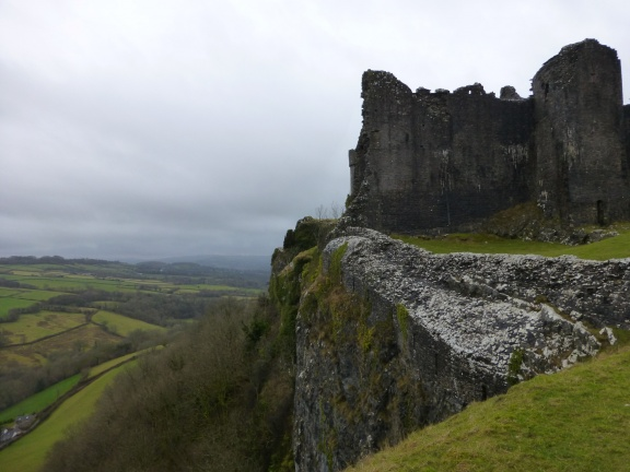 The castle over the steep drop