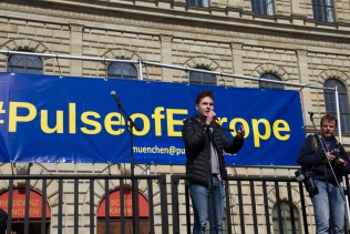 Pulse-of-Europe_munic_12