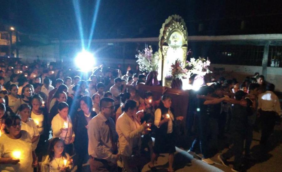 Parroquia San Pedro Apóstol realiza procesión