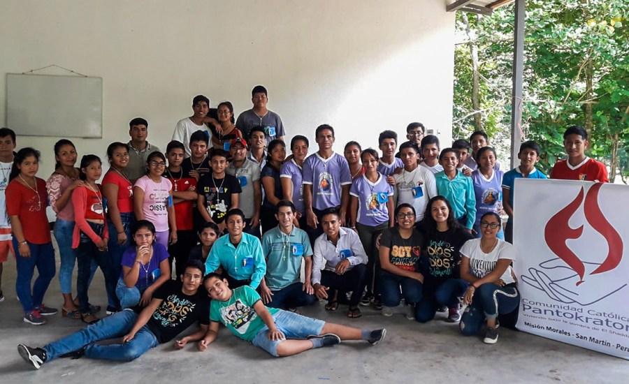 Jóvenes realizan retiro de conversión en Juanjui