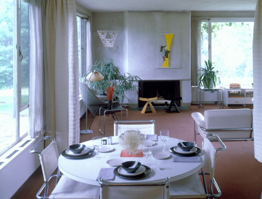 Living room/dining room in Gropius House