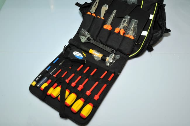 ELECTRICIAN TOOLKIT WITH BACKPACK