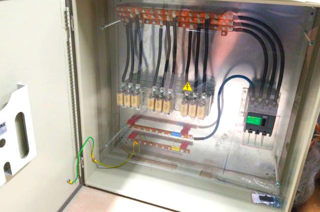 160 amp custom built distribution board for a 100 KVA transformer