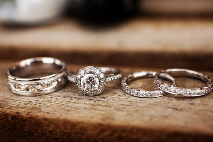 Wedding Bands -- ArtCarved Wedding Bands -- BARONS Jewelers Dublin, California