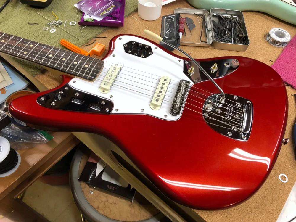 medium resolution of photo 10 with the new u k made staytrem bridge and fender american vintage vibrato installed the squier is starting to look more and more like an offset