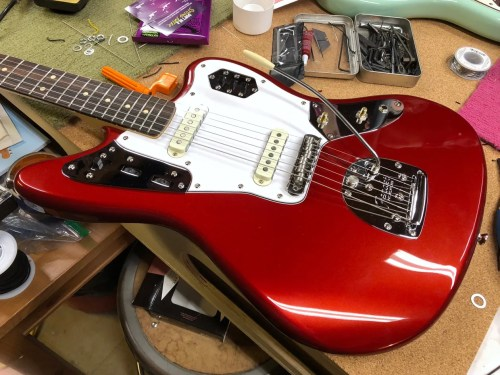 small resolution of photo 10 with the new u k made staytrem bridge and fender american vintage vibrato installed the squier is starting to look more and more like an offset