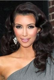 kim kardashian deep body wavy style
