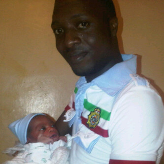 How a total stranger delivered a baby in my toilet By Gbenga Olorunpomi