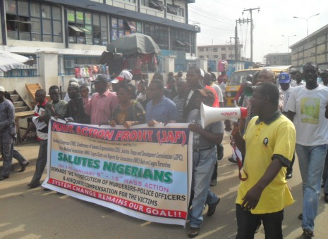 Police brutalise occupyNigeria activists in Lagos
