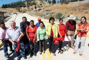 Presidenta-Municipal-de-Toluca-entrega-obras-en-diversas-comunidades-cercanas-al-Valle