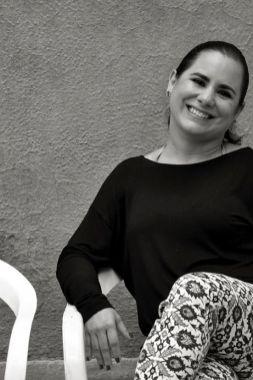La ingeniera química y fotógrafa Silvia Andrade, ganadora en el género de Estampa Digital en el primer FINI en 2011.