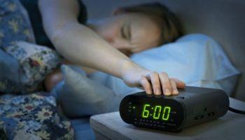 Si no logra dormir bien, quizá necesite cambiar de hábitos. Foto Prensa Libre: GETTY IMAGES