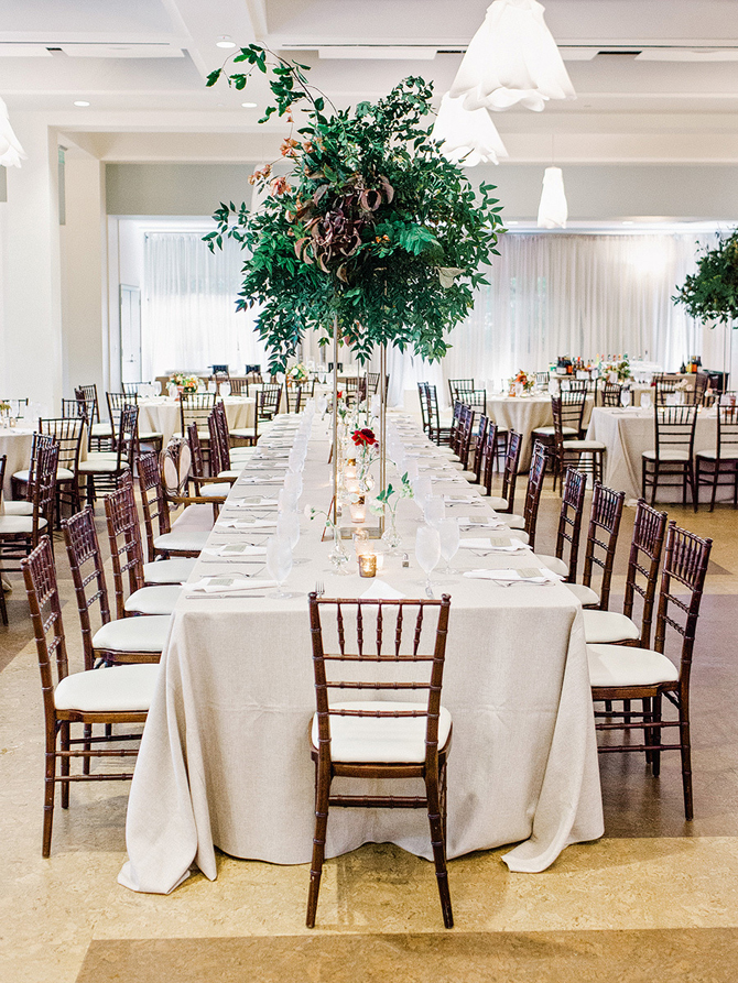 12 Simple Yet Stunning Centerpieces PreOwned Wedding Dresses