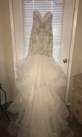 Allure Bridals 9421 1600 Size 12  Used Wedding Dresses