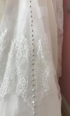 Allure Bridals 9400 Wedding Dress  New Size 10 1300