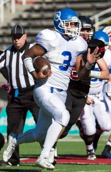 Dixie's Trenton Miller ran for 179 yards, including a 98-yard TD run, in Dixie's semifinal win over Pine View. (Photo by Dave Argyle, dbaphotography.com)