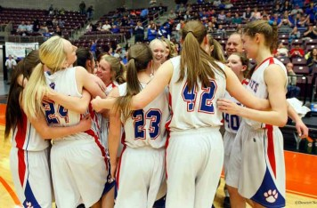 Panguitch capped a perfect season with a 30-point win in the 1A state title game. (Photo by Chelsey Adler, DeseretNews.com)