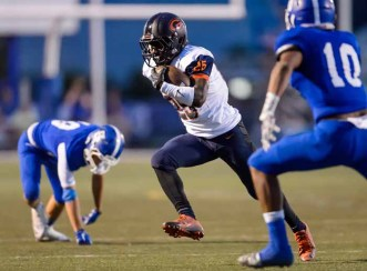 Tyjon Lindsey has explosive speed on the outside for  Bishop Gorman. (Photo by Dave Argyle, dbaphotography.com)