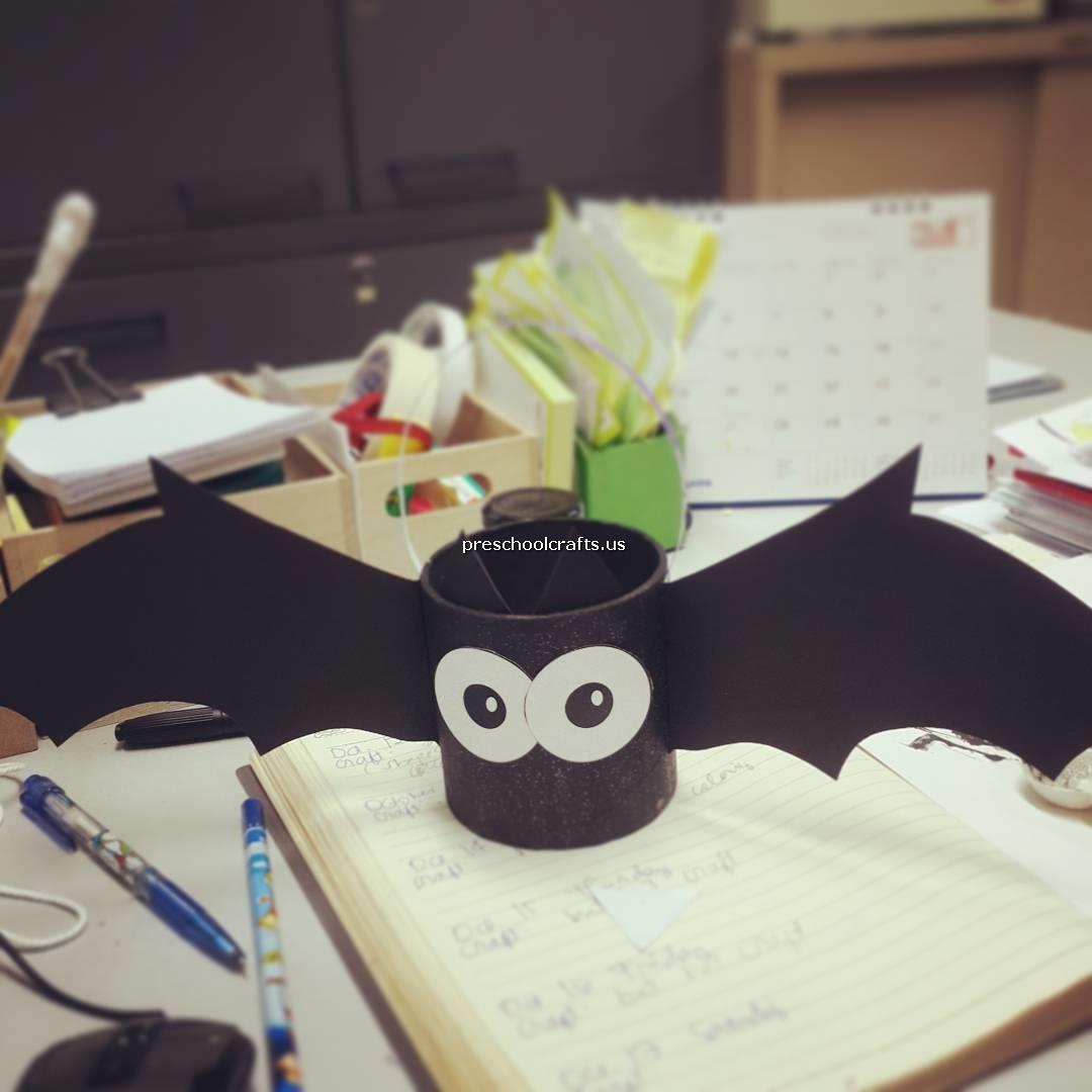 Simple Bat Crafts Ideas