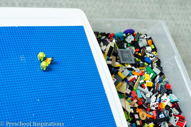 Make an under the bed LEGO storage container to keep LEGOs organized!