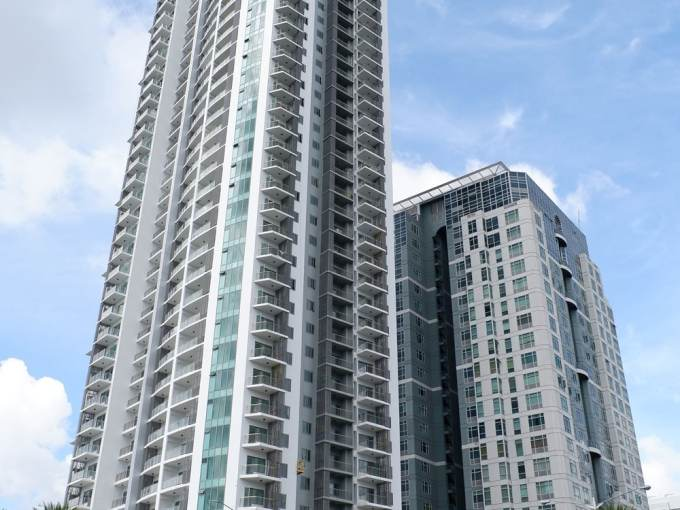 Bristol at Parkway Place Alabang For Sale