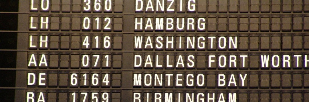 data-presentation - split flap information board with flight information