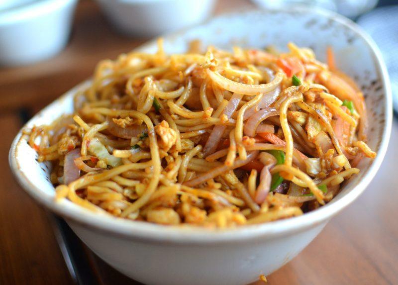 Spicy Garlic Chicken Noodles
