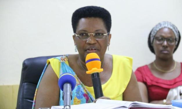 Pour lutter contre le SIDA, la Première Dame rencontre les Femmes Leaders