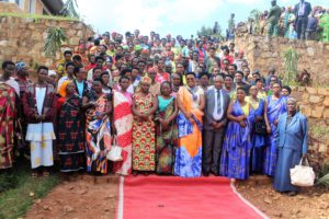 La Première Dame a rencontré les femmes leaders et jeunes de Mwaro