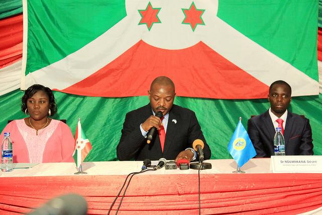 Le Chef de l'Etat Pierre NKURUNZIZA lance officiellement les travaux de l'Assemblée Générale du Conseil National de lutte contre le SIDA, CNLS.