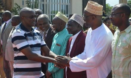 Le Premier Vice-Président rend visite à la communauté musulmane de la Mairie de Bujumbura