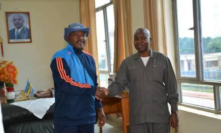 Le Chef de l'Etat a reçu en audience le Représentant de l'autorité des ports tanzaniens et le Secrétaire Exécutif du corridor central