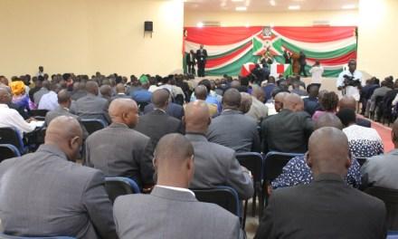 Son Excellence Pierre Nkurunziza en séance de moralisation de ses cadres