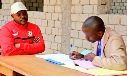 Son Excellence Pierre Nkurunziza se fait enroler pour les élections