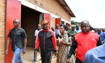 Le Chef de l'Etat a inauguré des infrastructures du 56ème anniversaire de l'indépendance à Kirundo