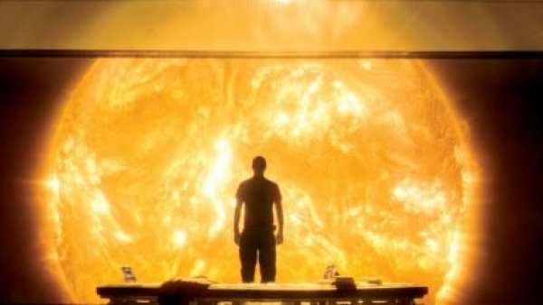 Sunshine-©-2007-20th-Century-Fox-Home-Entertainment(2)