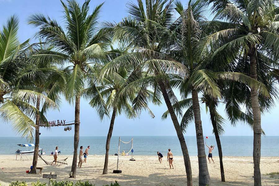 ดอลฟิน เบย์ รีสอร์ท, ประจวบคีรีขันธ์ (Dolphin Bay Resort)