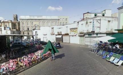 Napoli piscina comunale a piazza mercato  pressagency