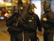 Police forces prepare in St. Denis