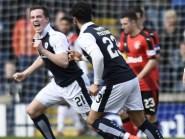 Louis Longridge (in Raith Rovers kit)  extends his contract at Hamilton