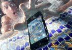 Cara Menyelamatkan HP Terendam Air