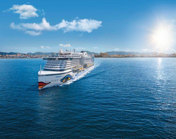 AIDAperla Taufe Schifffahrt Tourismus Palma de Mallorca Taufreise Hamburg