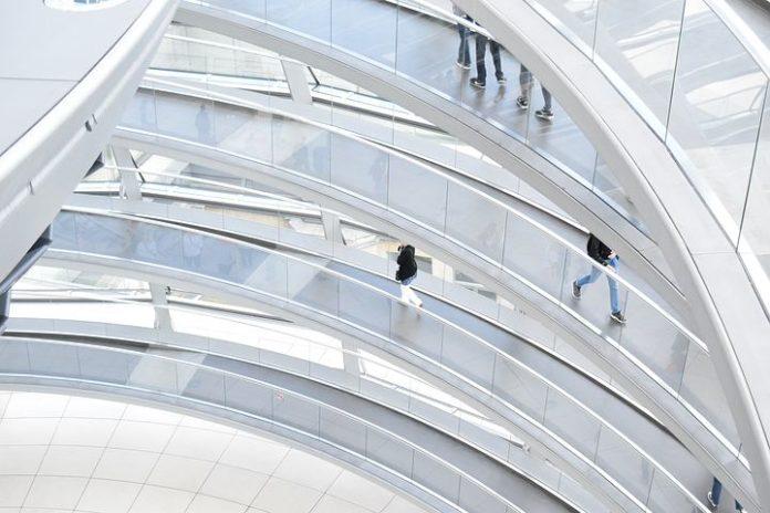 Der Deutsche Bundestag hat am heutigen Donnerstag das Heil- und Hilfsmittelversorgunggesetz (HHVG) beschlossen. Dazu erklären die gesundheitspolitische Sprecherin der CDU/CSU-Bundestagsfraktion, Maria Michalk, und der zuständige Berichterstatter Roy Kühne: