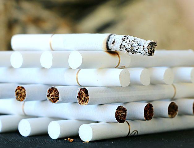 Die Tabakbranche unterliegt in Europa und auch in Deutschland immer strenger werdenden Regulierungen, die die mittelständischen und meist familiengeführten Unternehmen der Zigarrenindustrie zunehmend vor immer größere Probleme stellen.