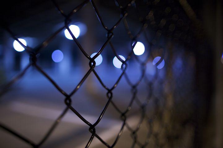 Gangsta-Rapper Bushido hat jetzt eine echte Haftstrafe kassiert: elf Monate auf Bewährung. Das berichtet der stern in seiner neuen Ausgabe.